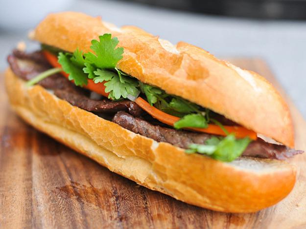 20110925-172243-steak-banh-mi-thumb-625xauto-189048
