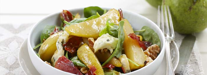 warm-pear-spinach-and-blue-cheese-salad