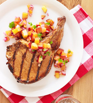 grilled-pork-chops-peach-plum-salsa-R121735-ss