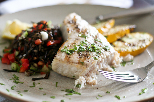 Grilled fish steak with herbs wickedfood for Fish steak recipe